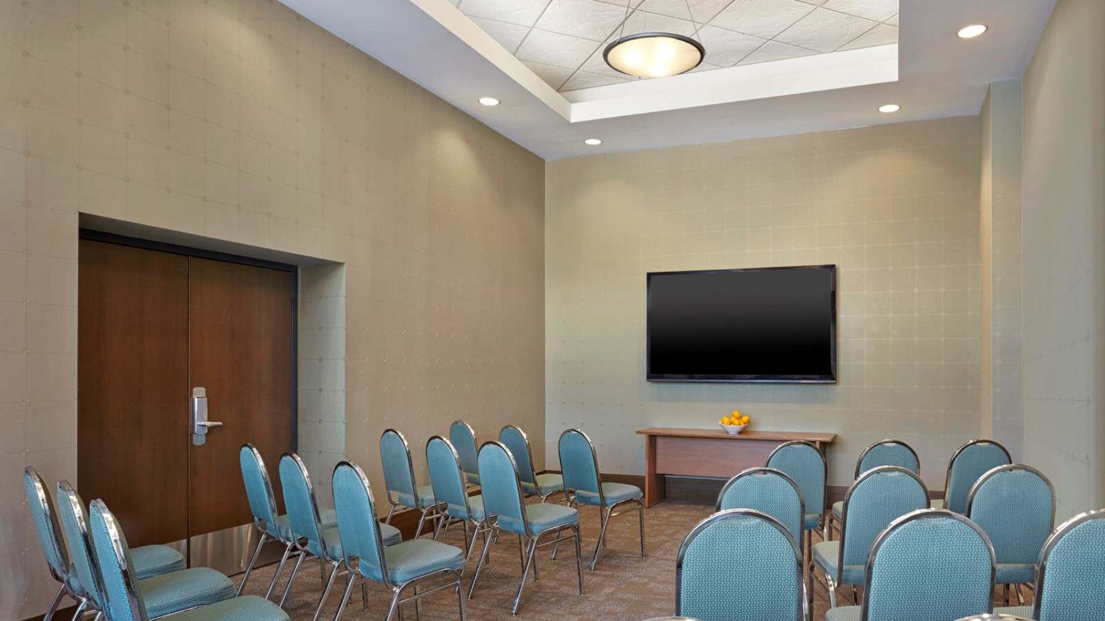 Vancouver Meeting Rooms - Theater for 36 People