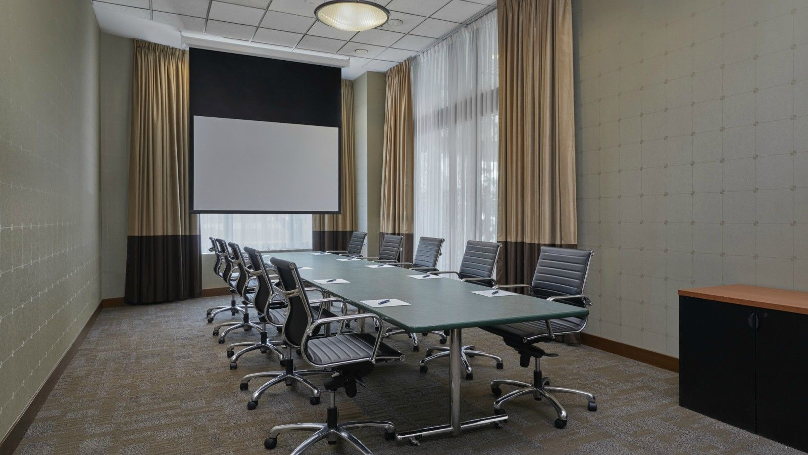 Vanocuver Meeting Rooms - Boardroom